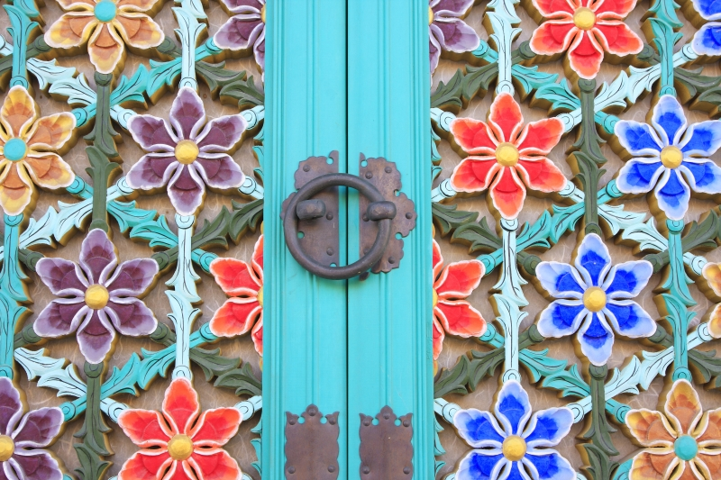färgglad dörr